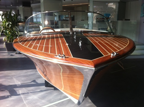 Chris Craft Capri 23