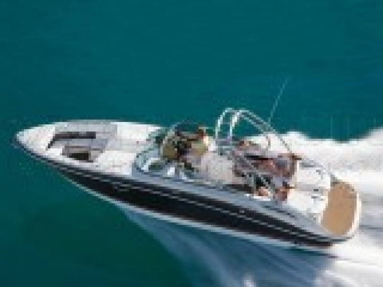Boat Horizon 310 | Four Winns | Models | Boats | Boats and yachts Radek ...